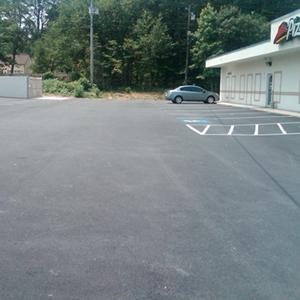 pizza hut parking lot